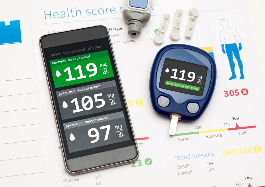 Application for diabetes. Glucometer sends measure to smartphone.